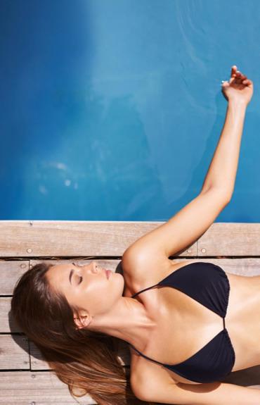 Slnečná bohyňa: ako sa starať o pokožku v teple a pri opaľovaní
