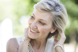 Key ingredients to improve fine hair post-menopause