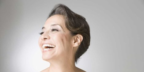 Prečo mi počas menopauzy na tvári rastú chĺpky?