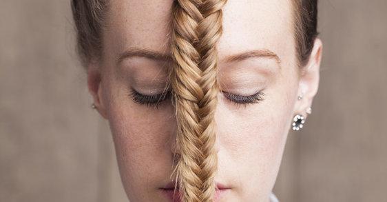Drdol, chvost, vrkoč… Môže byť príčinou vypadávania vlasov váš účes?