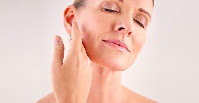 Menopauza: prečo je moja pleť v 50 suchšia než v 30?