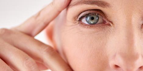 Ako menopauza ovplyvňuje vašu pleť? Strata pevnosti, suchá pleť