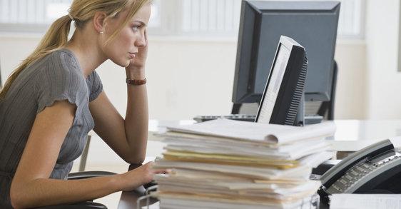 Anonymní vorkoholici: má vaša kariéra vplyv na vašu pleť?