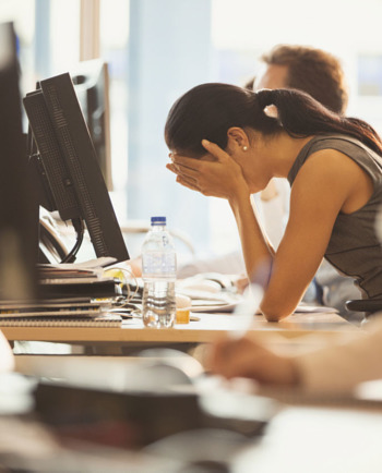 Akné a stres: tipy, ako byť nad vecou a mať všetko pod kontrolou
