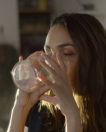 Zdravé návyky: prečo podpora hydratácie prospieva vašej pleti